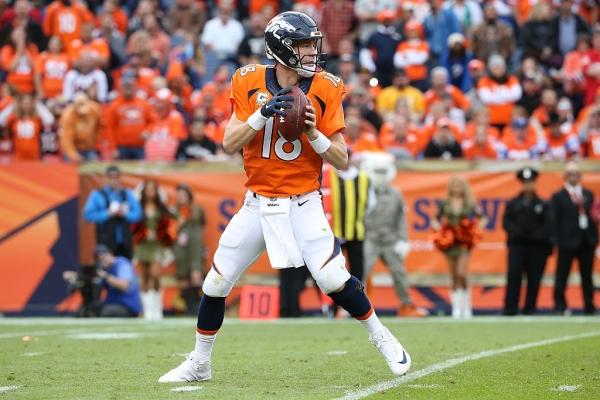 01) Peyton Manning, Super Bowl 50 – 39 anni, 10 mesi