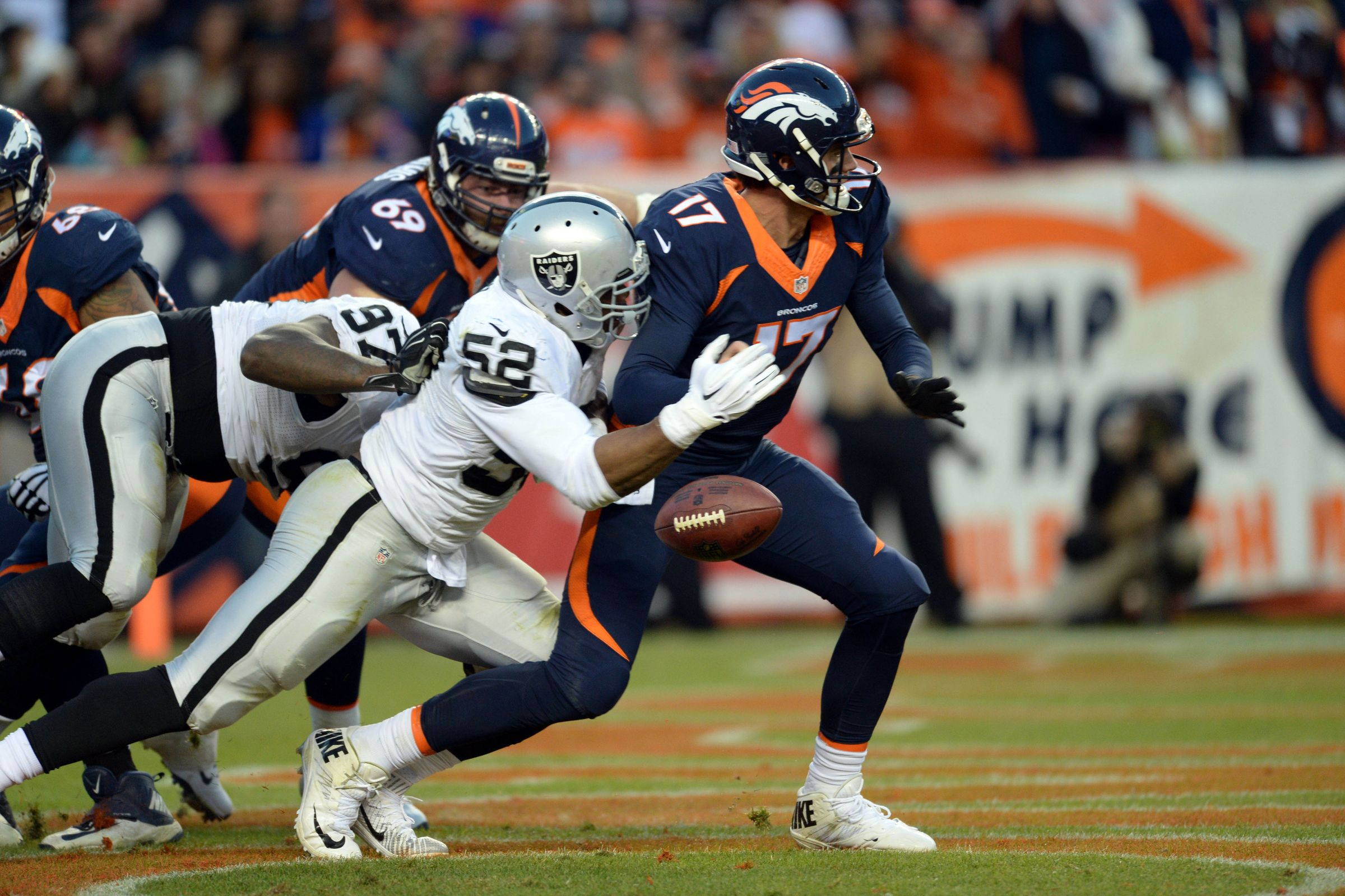 [NFL] Week 14: Mack Attack (Oakland Raiders vs Denver Broncos 15-12)