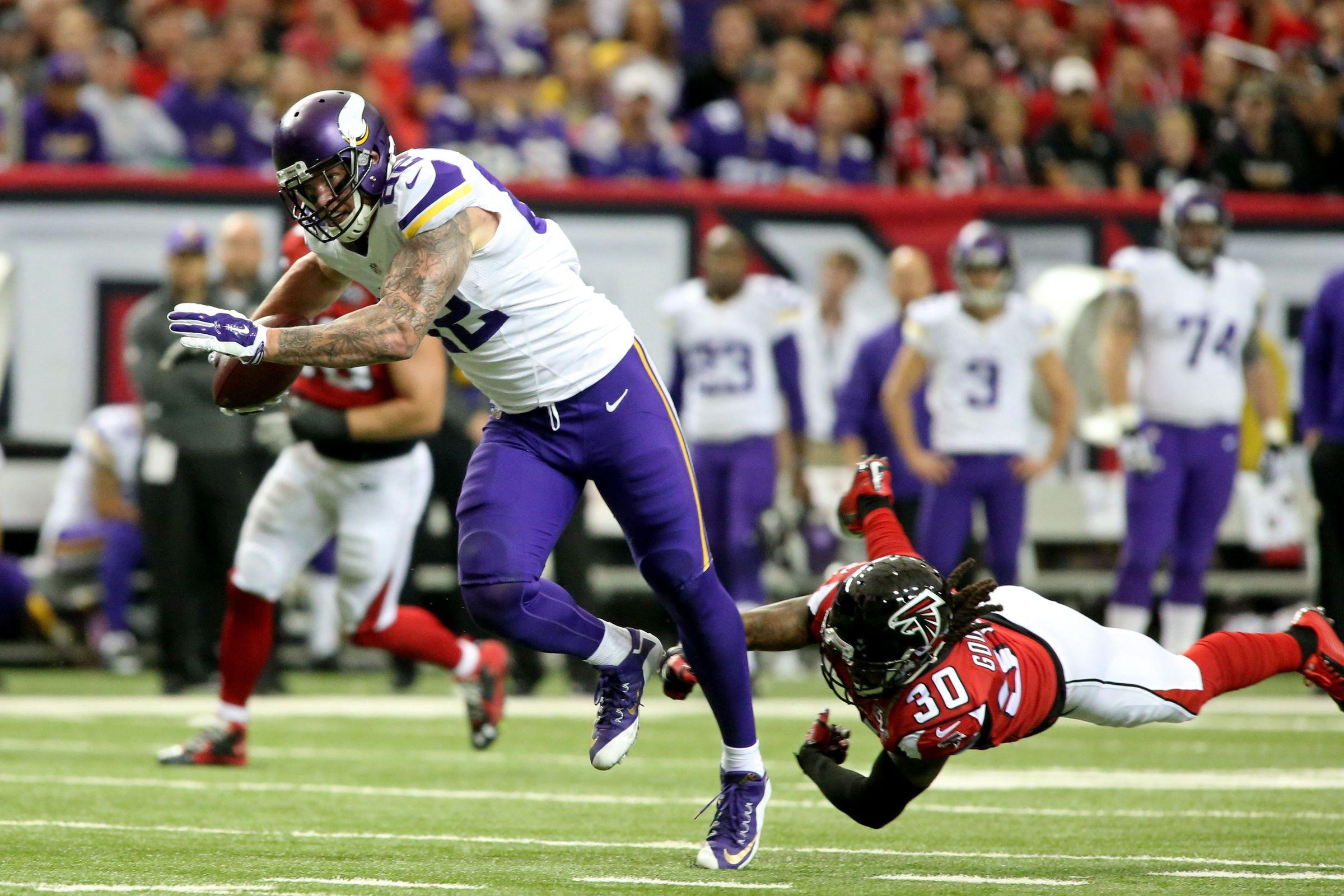 [NFL] Week 12: Peterson mette in ginocchio Atlanta (Minnesota Vikings vs Atlanta Falcons 20-10)