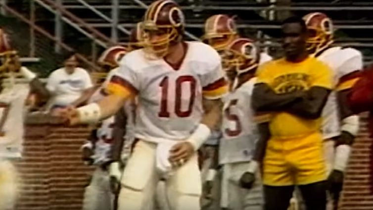 Training camp: Doug Williams in giallo