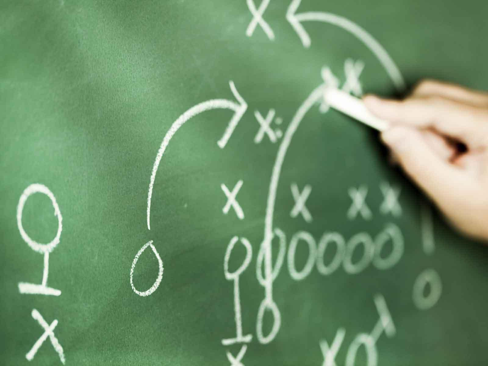 Quattro playbook attacco/difesa di squadre NFL