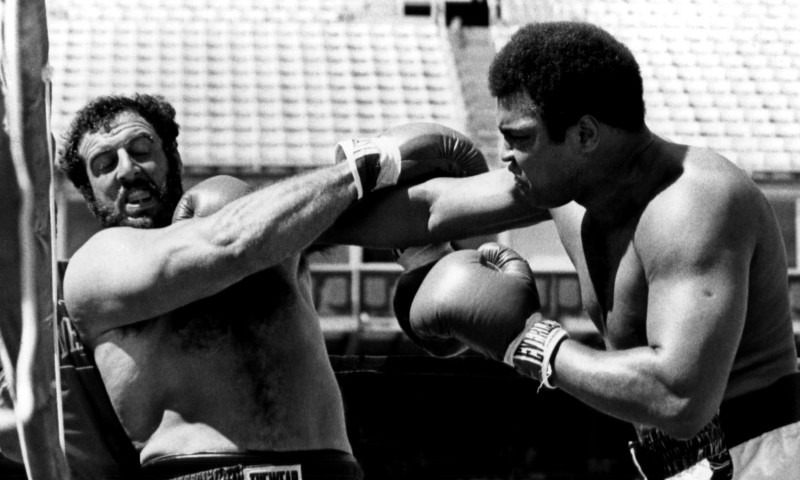 Lyle Alzado vs. Muhammad Alì, Denver, 1979