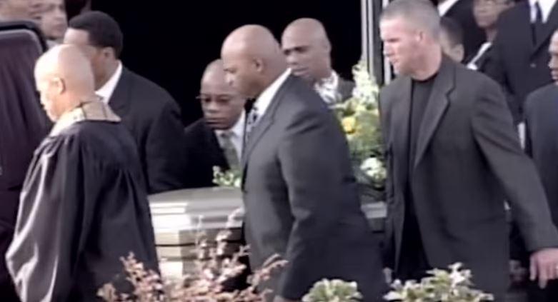 Brett Favre al funerale di Reggie White