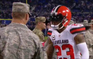 [POST-IT] Joe Haden saluta i militari prima del kickoff