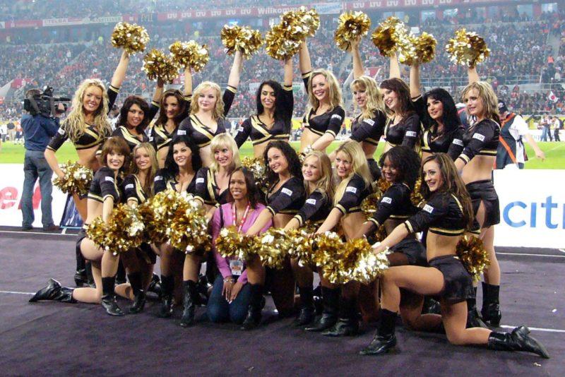 fare cheerleaders NFL incontri giocatori