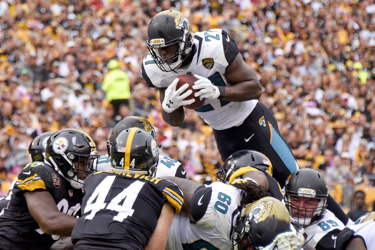 Fournette Jaguars Steelers Huddle Magazine