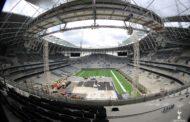 Il campo NFL in posa a Tottenham