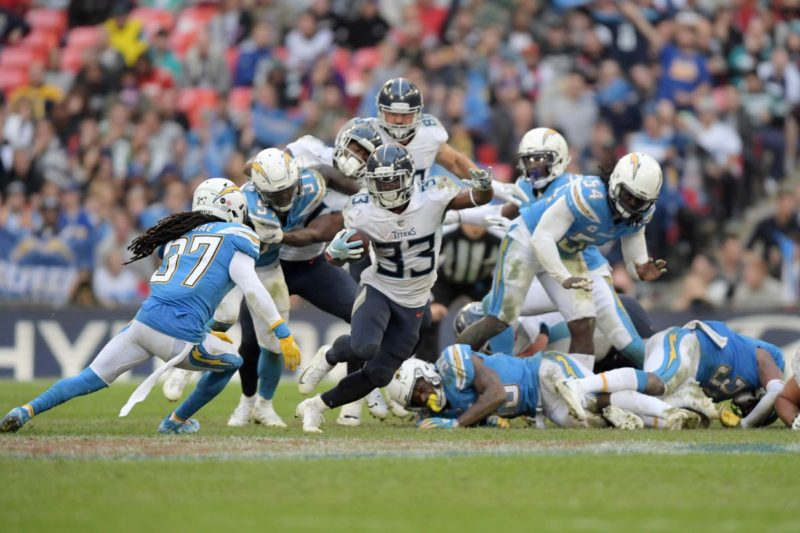 Dion Lewis Titans Chargers