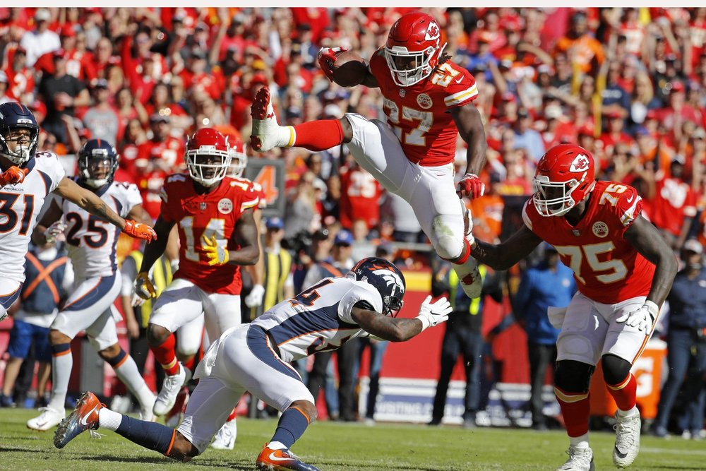 Kareem Hunt licenziato dai Kansas City Chiefs