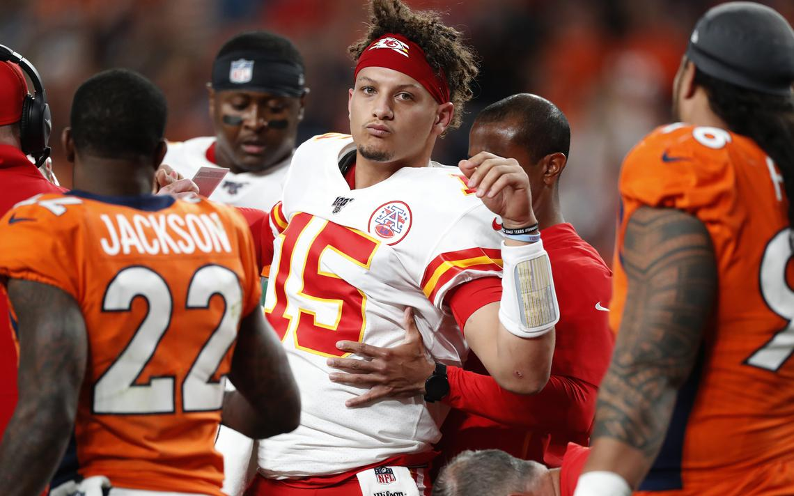 Mahomes out (Kansas City Chiefs vs Denver Broncos 30-6)
