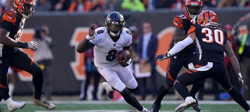 quarterback lamar jackson ravens bengals