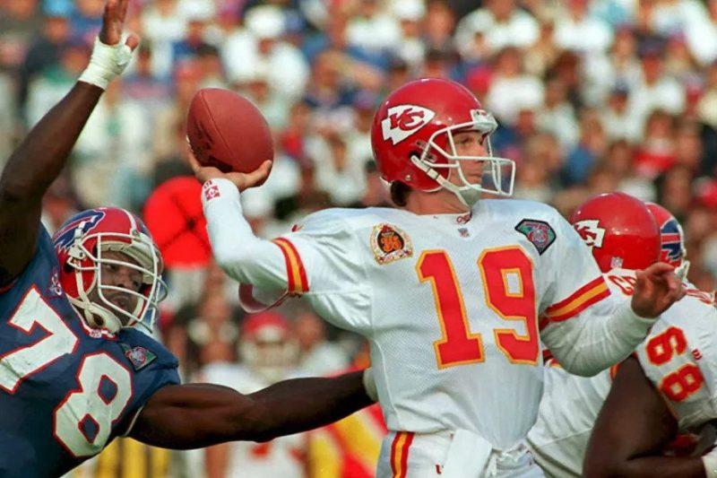 Joe Montana (1993-94 Kansas City Chiefs)