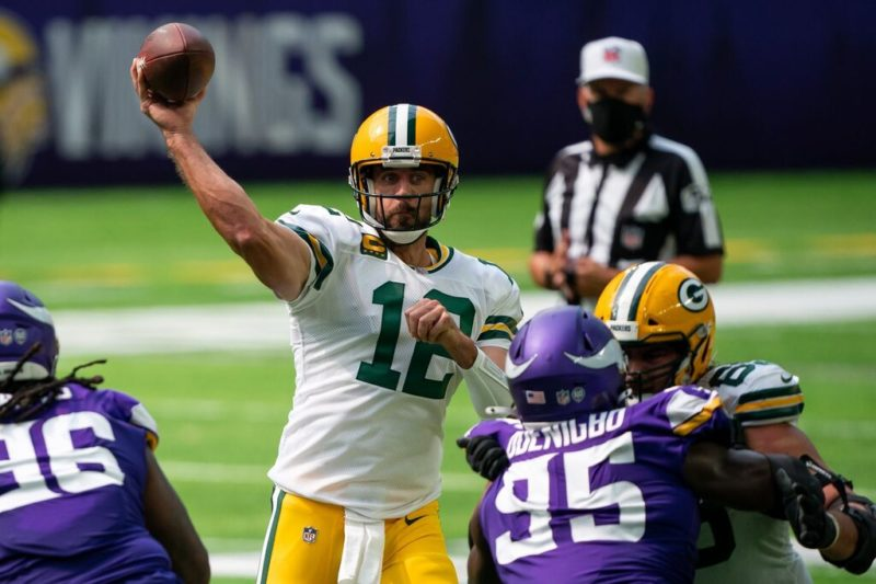 rodgers packers vikings