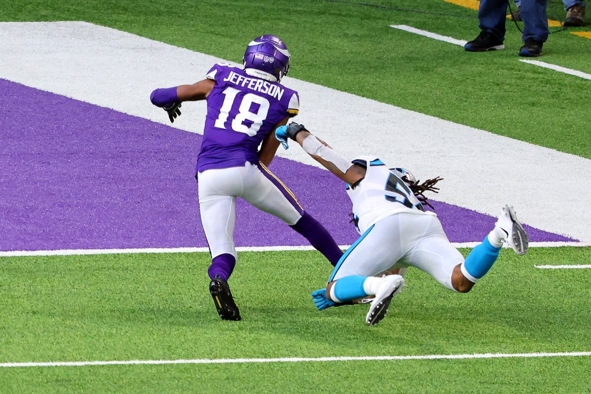 Pazzi, pazzi Minnesota Vikings: i Carolina Panthers rimontati nel finale 28-27